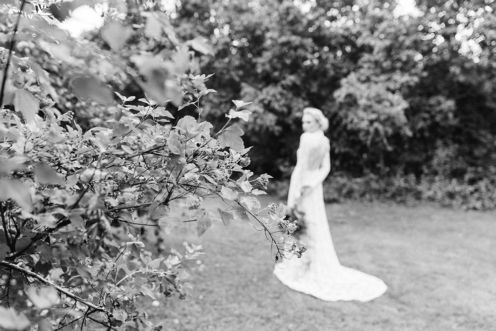 Botanical bridal shoot_Willow visuals_blog16